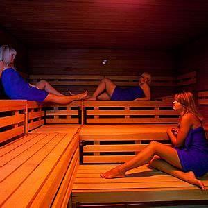 Sauna Bei Husten : sauna hains freizeitzentrum freital ~ Frokenaadalensverden.com Haus und Dekorationen
