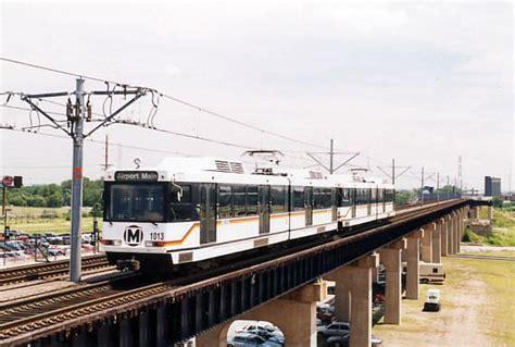 St Louis Light Rail by Flatlands