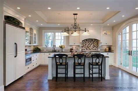kitchen 10 ceiling height with soffit tray