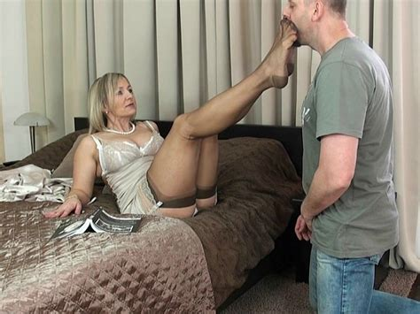 Watch Milf Ala Foot Worship 20 In Hd Photo Daily Updates