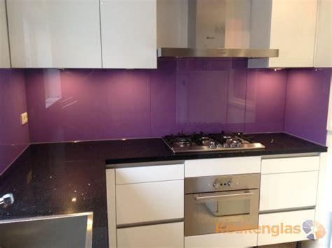 achterwand fornuis glas lila glazen keuken achterwand keukenglas