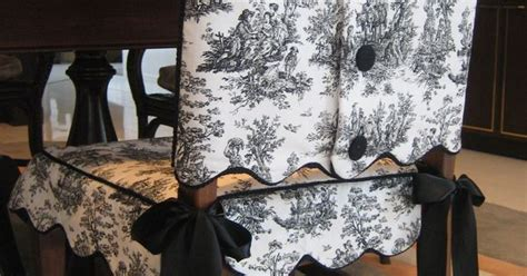 scalloped edge toile chair suit  covered