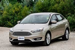 Ford Focus Titanium 2017 : new 2017 ford focus sedan titanium white gold for sale 17c8773 vickar ford ~ Medecine-chirurgie-esthetiques.com Avis de Voitures
