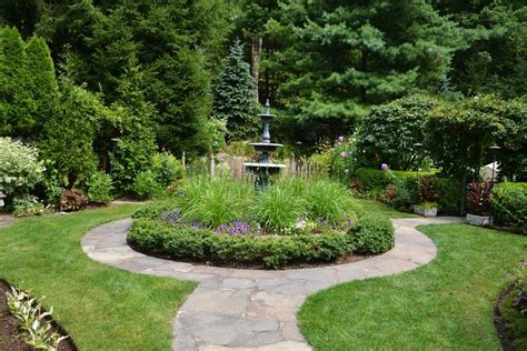 Round Flower Bed Landscape Traditional With Design White