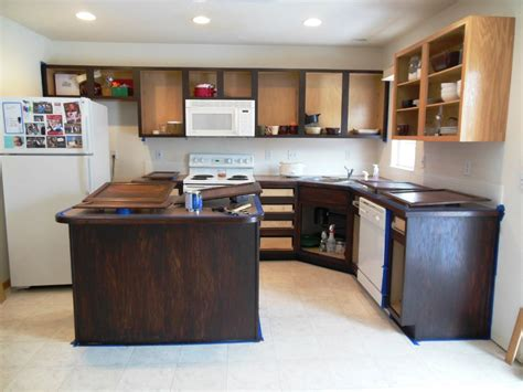 how to gel stain kitchen cabinets steps applying gel stain kitchen cabinets home ideas 8662