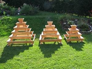 Pyramide Aus Holz Selber Bauen : pyramiden hochbeet blumen pyramide kr uter spirale ~ Lizthompson.info Haus und Dekorationen
