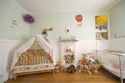 chambre nourrisson décoration chambre bébé fille et garcon