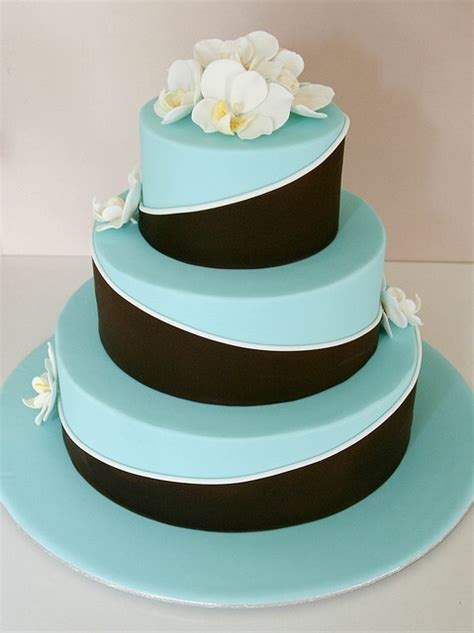 elegant tiffany blue wedding cake ideas weddingomania