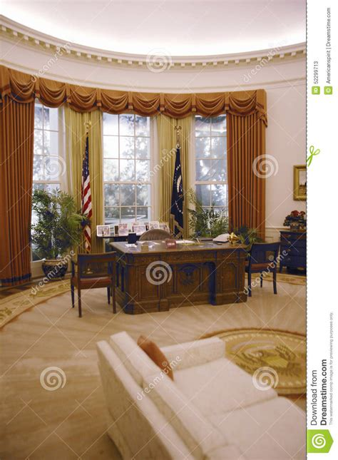 reproduction du bureau ovale de la maison blanche 224 la biblioth 232 que pr 233 sidentielle de ronald w