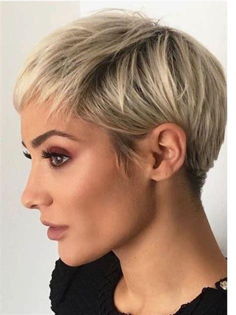 krotkie blond fryzury na lato  zjawiskowych ciec