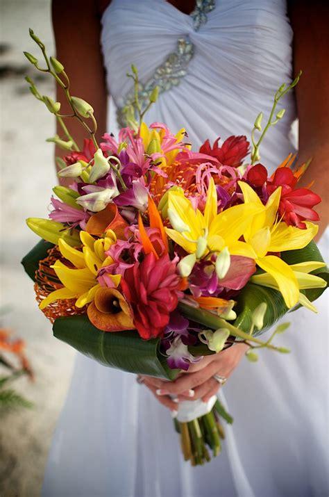 tropical beach wedding flowers