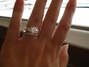 how to wear wedding rings how to wear wedding band and engagement ring together 3 styleengagement