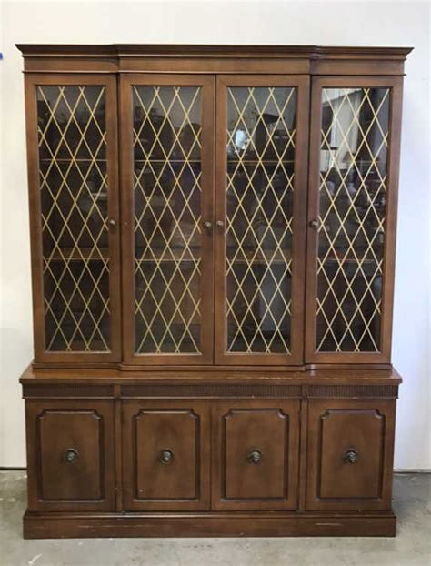 Distinctive Furniture By Stanley Hutch distinctive furniture by stanley china cabinet