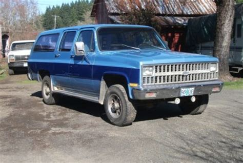 Buy Used 1982 Chevrolet Suburban, 4speed Manual, 34 Ton