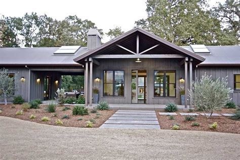 Full Metal Building Ranch Home w/ Breath taking Interior