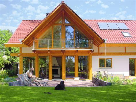 Haus Rotes Dach by Modernes Landhaus Mit Rotem Ziegeldach Concentus