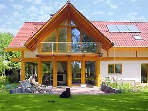 Modernes Landhaus Bauen : modernes landhaus mit rotem dach concentus modernes fachwerkhaus ~ Bigdaddyawards.com Haus und Dekorationen