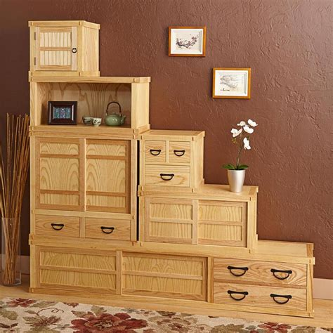 tansu cabinet woodworking plan  wood magazine