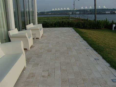 ivory travertine deck tiles and pavers modern patio