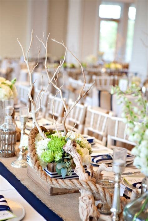 show us your wedding day pictures wedding centerpiece