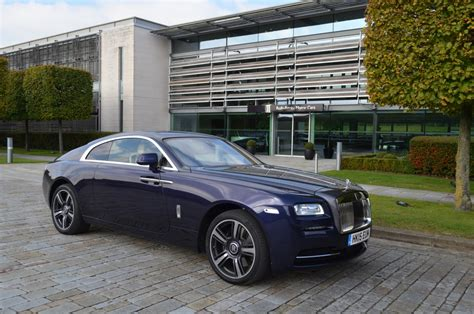 Rolls Royce Wraith 2018 Review Blending Luxury With