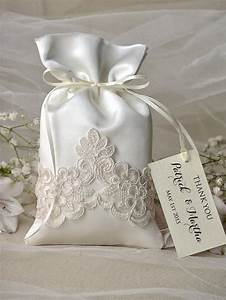 Vintage wedding favor bag lace wedding favor bags for Wedding favor gift bags