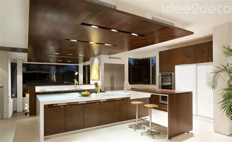 cuisine blanc bois faux plafond bois cuisine mzaol com