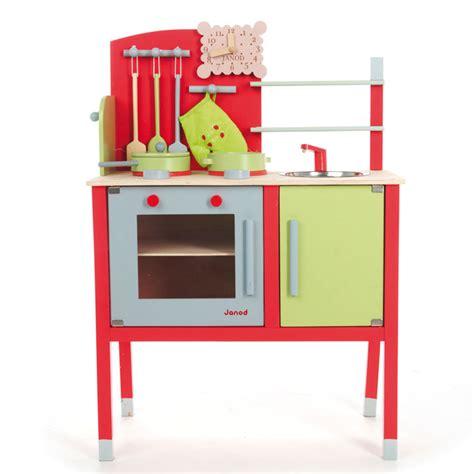 cuisine en bois en jouet jouets de noël notre sélection pour tous les âges la