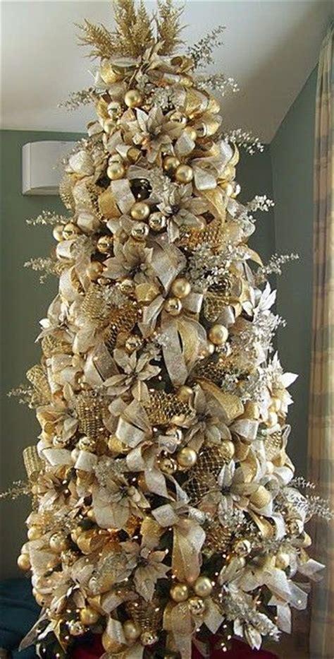 arbol navidad dorado decoracion para navidad en color beige y dorado navidad 2017