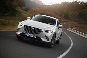 Essai Mazda Cx 3 Essence : essai mazda cx 3 2 0 skyactiv g le test du cx 3 essence photo 3 l 39 argus ~ Gottalentnigeria.com Avis de Voitures