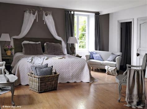 ciel de lit chambre adulte decoration chambre avec ciel de lit visuel 3