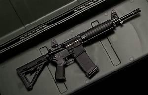 Military - Assault Rifle Wallpaper | Guns | Pinterest ...