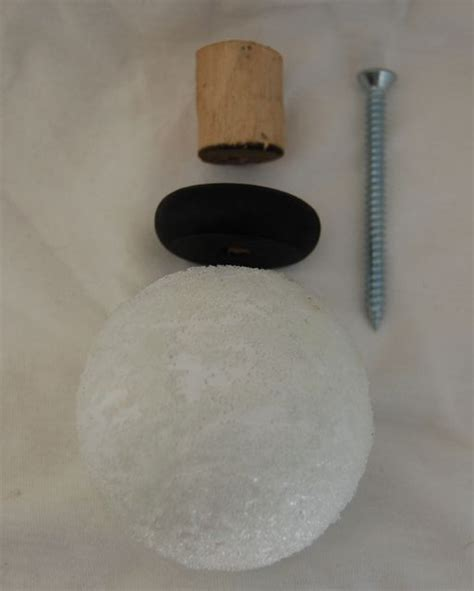 diy finials for the curtain rods for the home