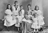 Archduchess Marie Valerie and her family, 1902 | Boys ...