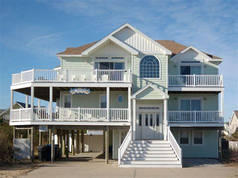 Semiocean Front 7+ Bedroom House W/pool, Ho...