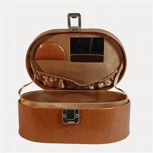 Boite A Bijoux Cuir : vanity boite bijoux en simili cuir camel boutique de mode vintage friperie en ligne ~ Teatrodelosmanantiales.com Idées de Décoration