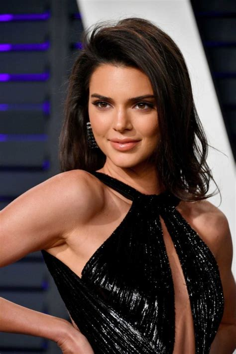 kendall jenner attends  vanity fair oscar party