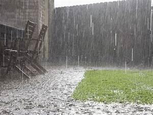 Entwässerung Grundstück Regenwasser : fr hjahrsputz f r die entw sserung die 3 besten tipps energie fachberater ~ Buech-reservation.com Haus und Dekorationen