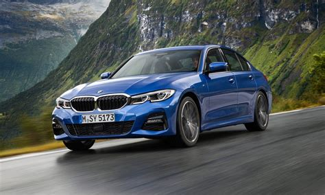 Find information on transmission, engine type, drivetrain, warranty, and more. New BMW 3-Series debuts at Paris Auto show this week.