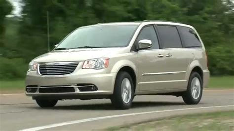 town and country erfahrungen 2016 2016 chrysler town country running footage