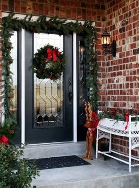 cool christmas porch decor ideas digsdigs