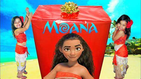 Disney Princess Moana Irl Biggest Surprise Box Opening