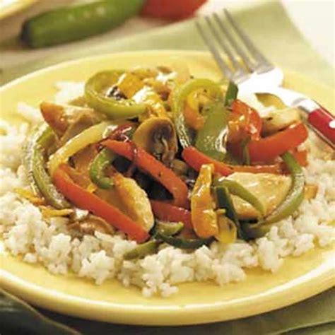 cuisiner des escalopes de poulet escalopes de poulet aux poivrons cookeo recette cookeo