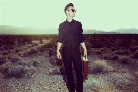 Brendon Urie Of Panic! At The Disco « American Songwriter