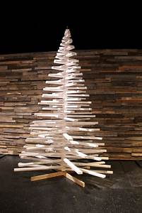 33, Ideas, Of, Wooden, Christmas, Tree, For, Backyard