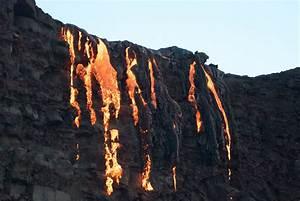Lava Flow In Hawaii U2019s Volcanoes National Park