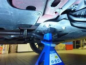 Vidange Voiture Essence : faire la vidange moteur et filtre huile sur une fiat punto evo abarth voiture shevarezo blog ~ Medecine-chirurgie-esthetiques.com Avis de Voitures