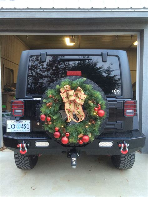 jeep christmas wreath 17 best images about chist mas on pinterest christmas