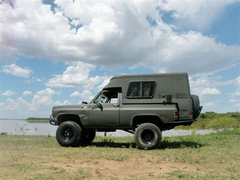 Floor For Lifted Trucks by 1000 Ideas About K5 Blazer On Chevrolet