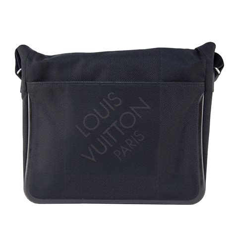 louis vuitton black damier geant canvas messenger bag gm
